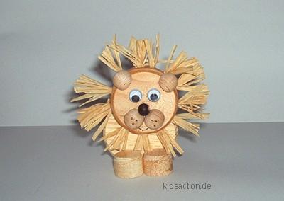 Basteln Kidsaction De Scheibenlowe Aus Holz Basteln